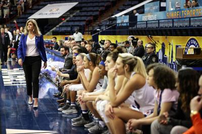 UTA women's basketball coach to bring winning culture back to alma mater