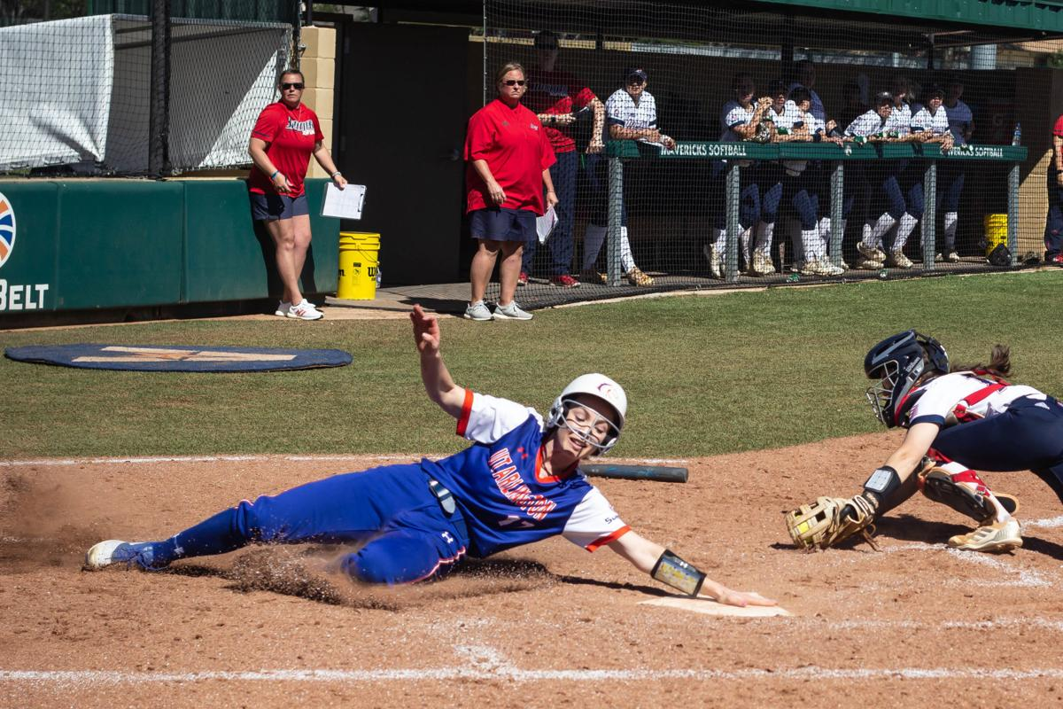UTA softball defeats South Alabama in game two of conference opener