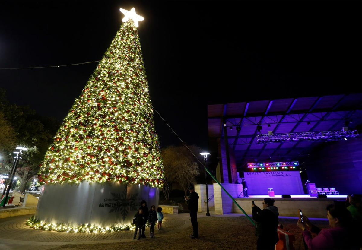 City of Arlington to celebrate annual Holiday Lights Parade with 65-foot Christmas tree