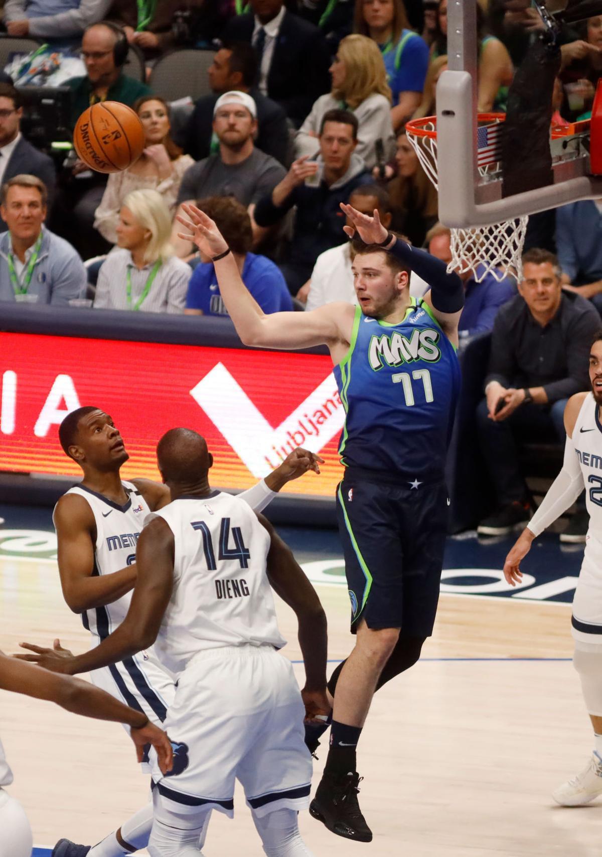 Dallas Mavericks close out win over Memphis Grizzlies during UTA Night at the Mavericks