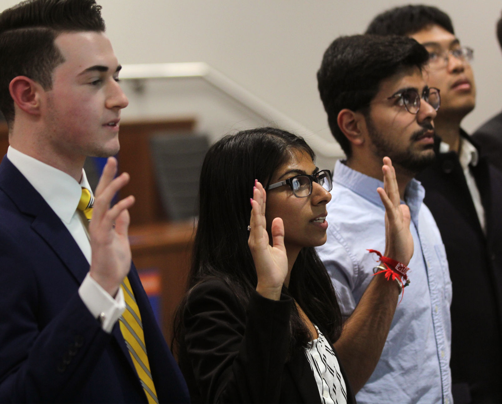 Student Senate appoints new leaders, assigns resolutions