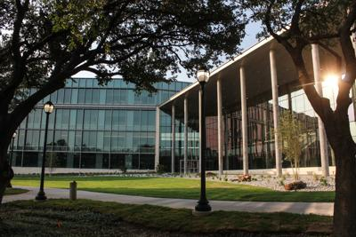 UTA remains on track to achieve Tier 1 university designation despite COVID-19 disruptions