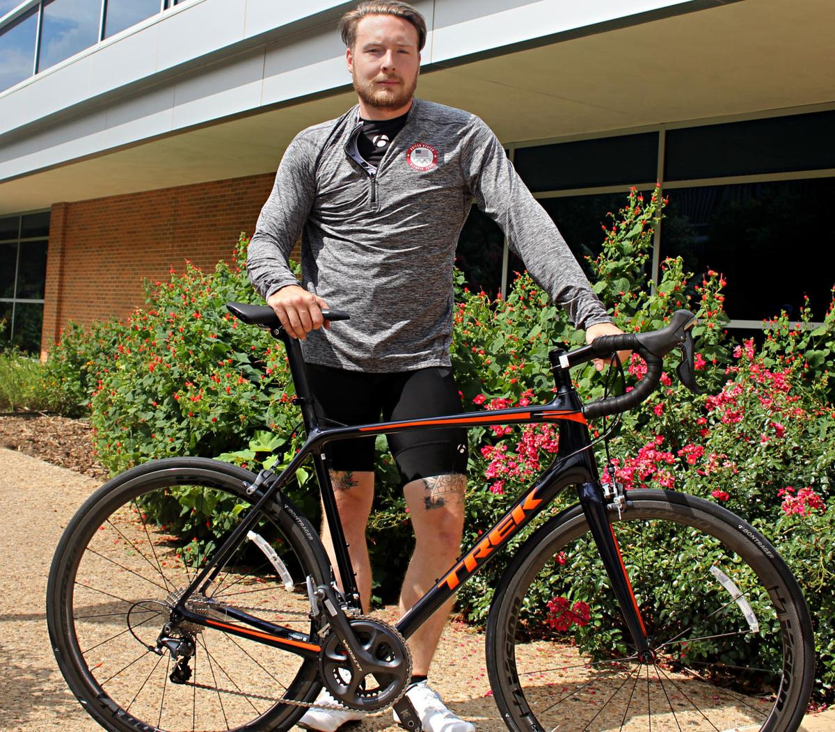 Cyclist sprints for Olympic selection