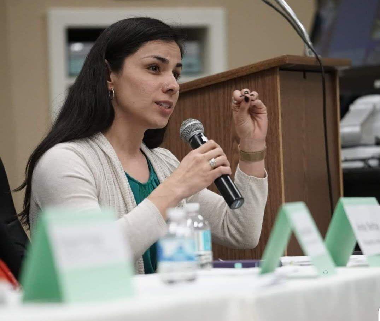 UTA School of Social Work assistant professor creates free online course on health, immigration