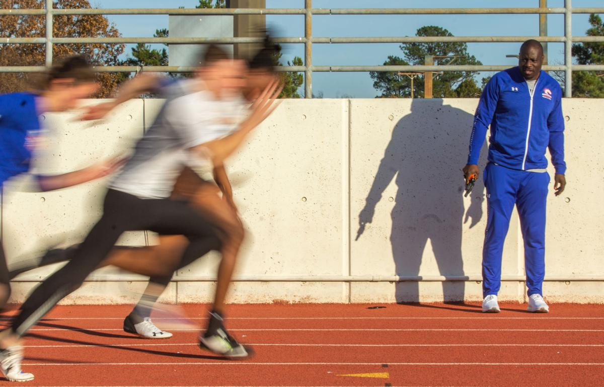 Olympic sprinter Tyrone Edgar shares passion for UTA's track and field