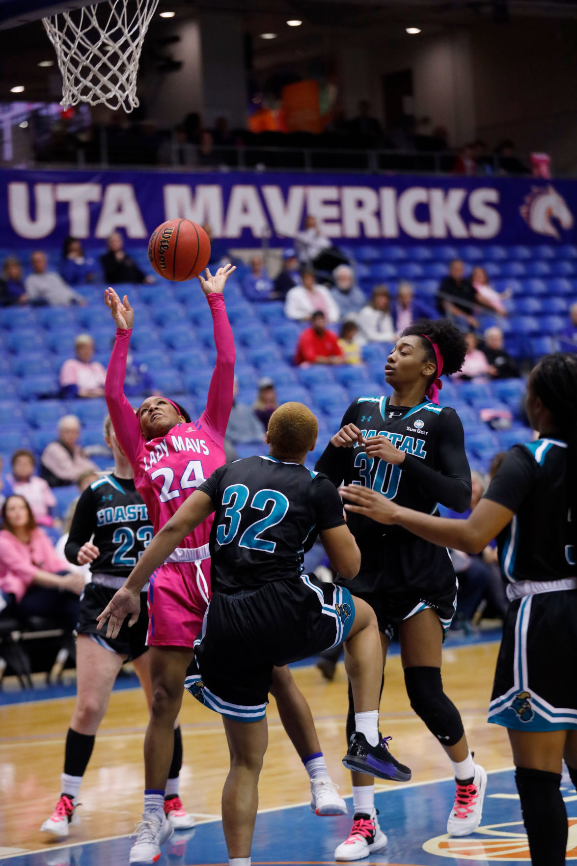 Photos: Lady Mavericks fall to Coastal Carolina University on UTA Beats Cancer Day