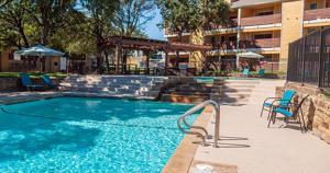 Flintridge Pool Area