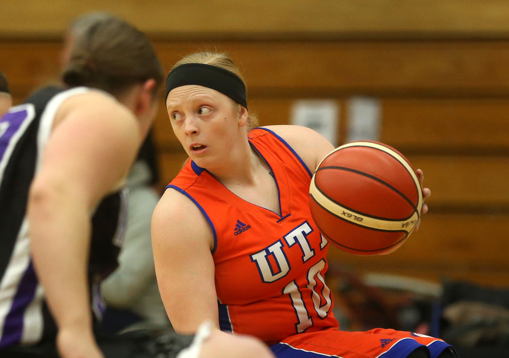 UTA Lady Movin' Mavs defeats University of Wisconsin-Whitewater in tournament