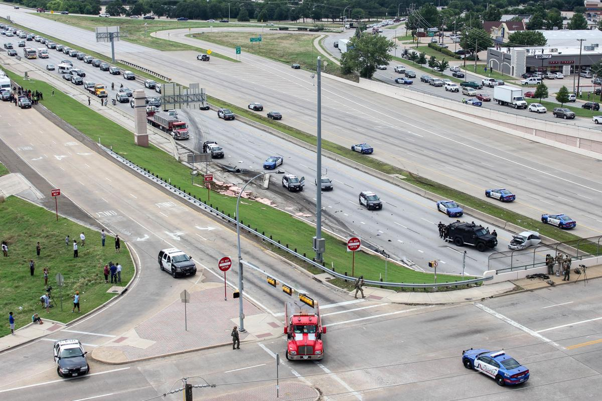 Suspect in custody after police chase on I-30