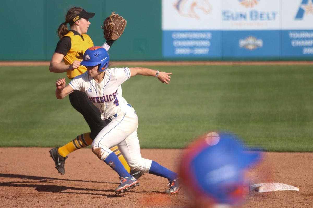 UTA Softball sweeps double header against Appalachian State University
