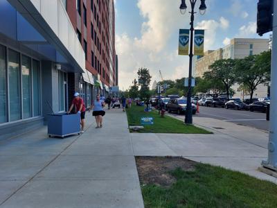 Freshmen enter campus housing amidst pandemic