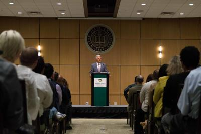 Wilson addresses faculty, students at annual university keynote