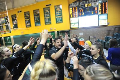 Warriors volleyball extend win streak with Senior Day victory