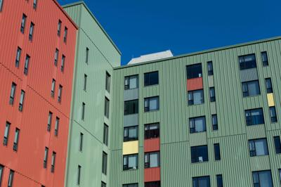Anthony Wayne Drive Apartments' multicolored facade is complete. Artistic or eyesore?
