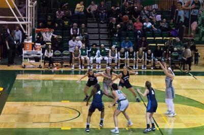 Men's basketball drops eight consecutive game, women's basketball extends winning streak versus Northwood