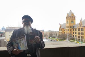 WSU professor creates book on Detroit music