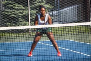 Women's tennis defeats Michigan Tech