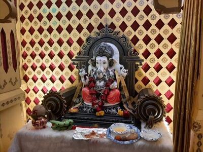 Hindu students celebrate Ganesh Ustav festival in person