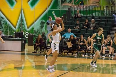 Women's basketball wins fifth game in a row
