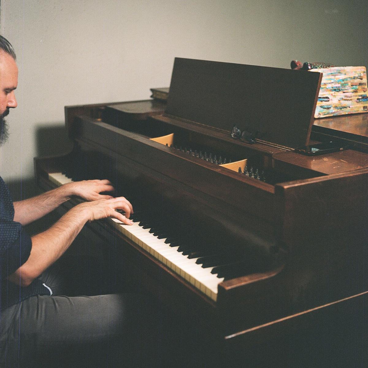 piano vlachos