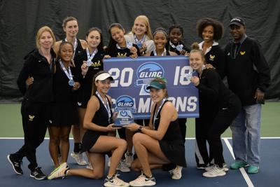 Women's tennis wins GLIAC championship