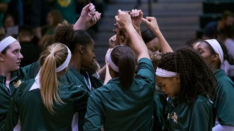 Womens basketball pushes through