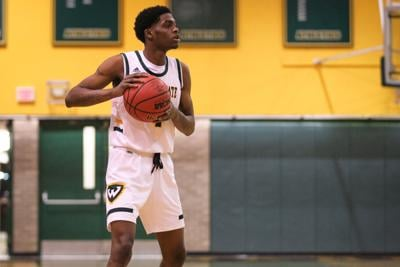 Men's basketball dominates second half in victory