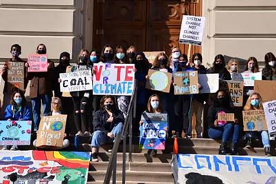 Indiana high schoolers push lawmakers for action on climate change