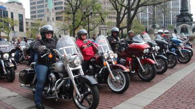 Holcomb sends bikers out in style for charity ride