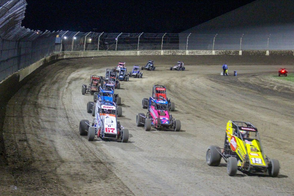 Indiana dirt racers attempt to speed around pandemic obstacles