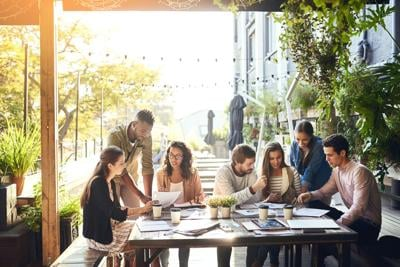 New outdoor work space opens in downtown Montreal