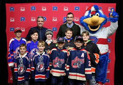 Two Lac St. Louis teams tapped to be part of the Rocket Hockey Tour