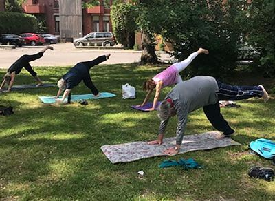 Free, gentle therapeutic yoga for the 50+ offered Tuesday evenings in NDG's Parc Leduc