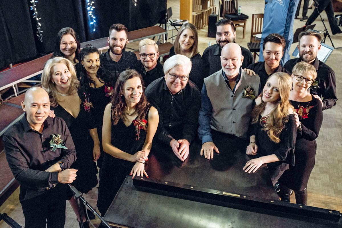 Pianist Chad Linsley and friends gear up for Lyric Theatre Singers holiday concert
