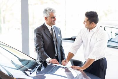 The pros and cons to leasing a car