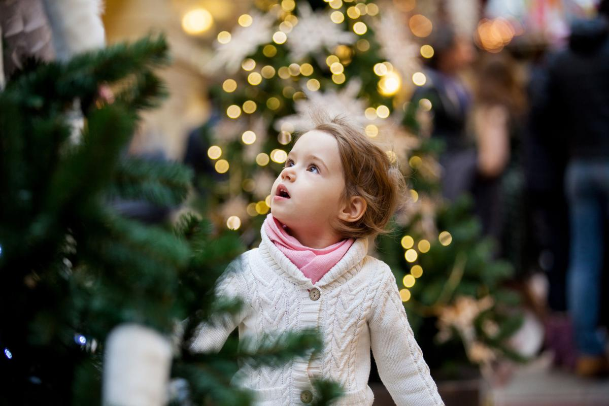 Safety tips for the holiday season, from the Missing Children's Network