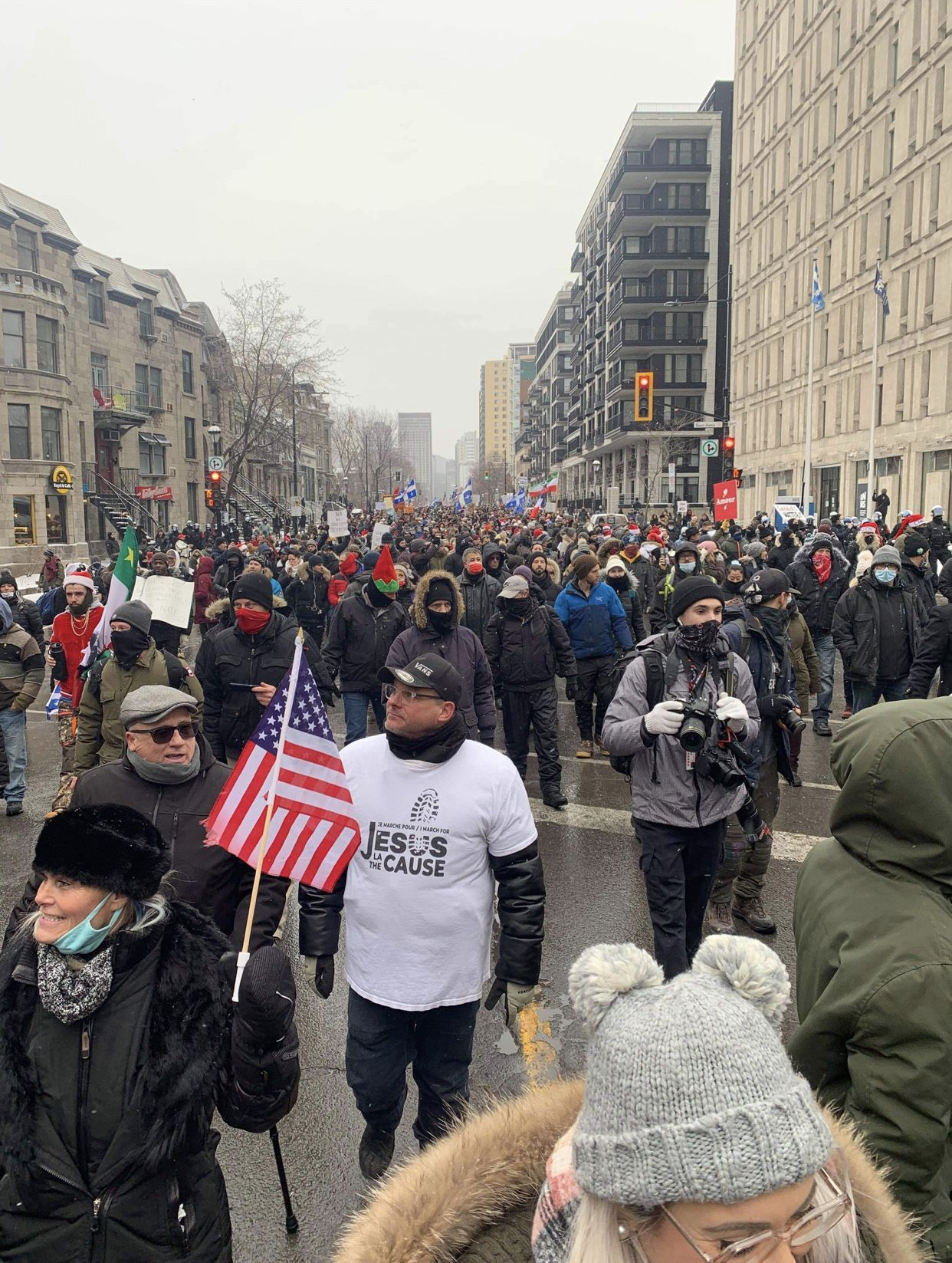 Thousands protest in front of Premier Legault's headquarters in Montreal