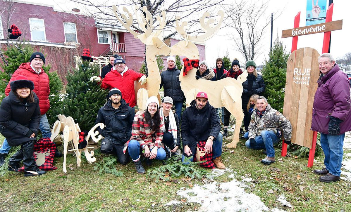 Locals transform Sainte-Anne-de-Bellevue village into a holiday wonderland