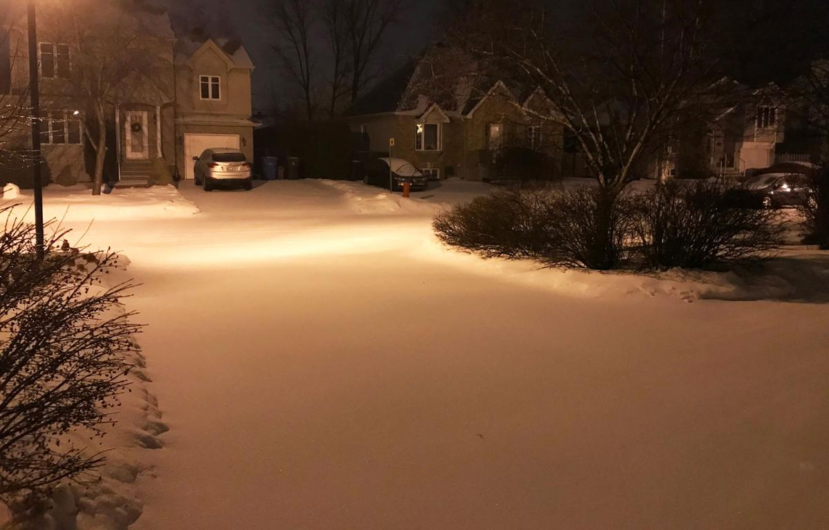 58,000 without power in Quebec from wind and ice
