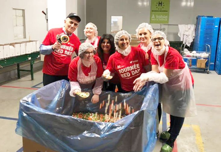 Keller Williams Volunteers give their time to Moisson Montréal in Collaboration with Volunteer West Island