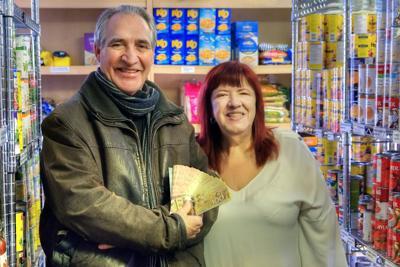 Solstice Jam donates to SADB Food Bank