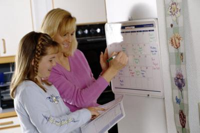 Houses & Homes: Family organizational systems that work