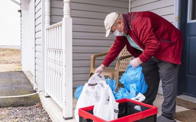 Pandemic emergency grocery program launched for seniors 70+ in NDG