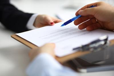 Houses & Homes: What not to do before your notary signing
