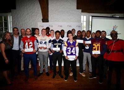 Alouettes recognize 16 footballers with annual bursaries