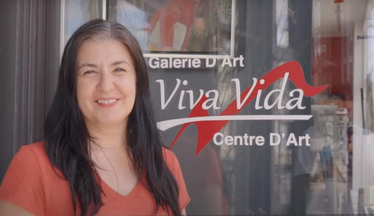 The Pointe-Claire Village Commercial Association is launching a crowdfunding campaign to support local businesses and frontline organizations
