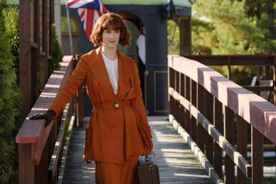 Entertainment: Lauren Lee Smith talks about tonight's Frankie Drake Mysteries finale