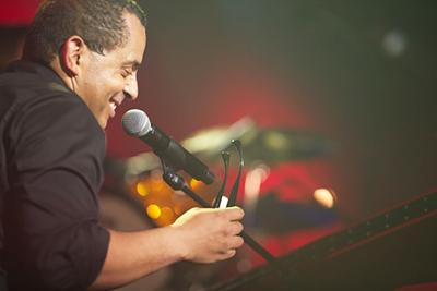 An energizing show with Gregory Charles at the Saint-Laurent Celebration Parc Beaudet on August 10