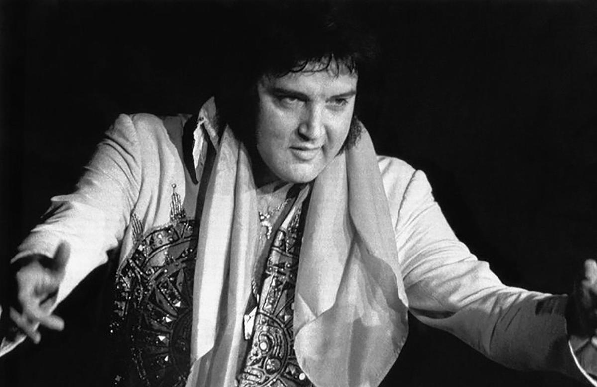 Joel Goldenberg Elvis Presley S Worthless Albums Arts Entertainment Thesuburban Com