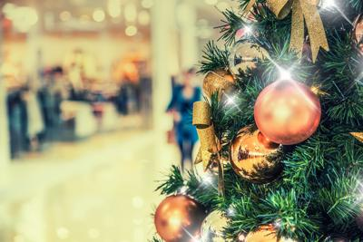 CF Carrefour Laval Celebrates Third Annual Tree Lighting on November 14 led by Valérie Roberts
